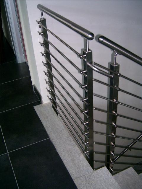 Ringhiera per scale in acciaio inox